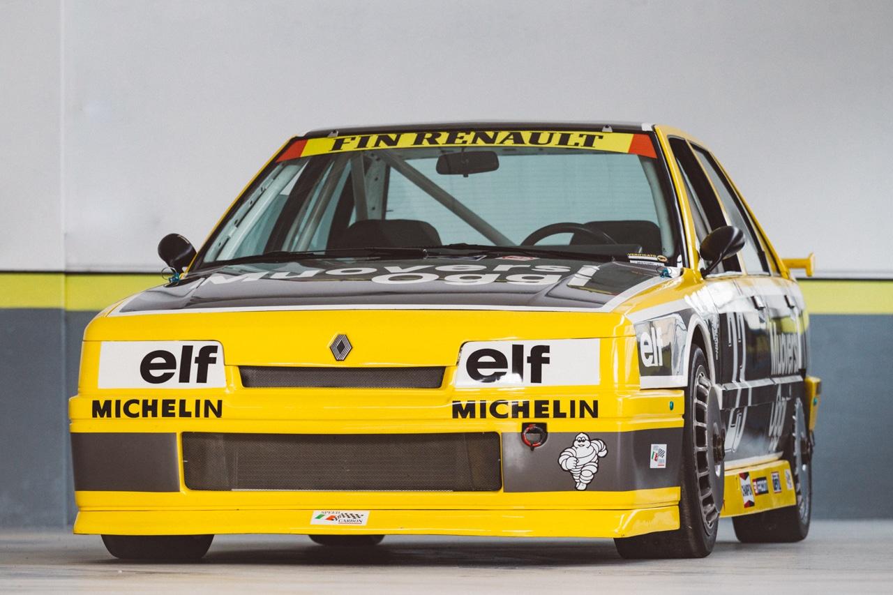 renault 21 turbo europa cup un 39 auto per padri di famiglia da corsa. Black Bedroom Furniture Sets. Home Design Ideas