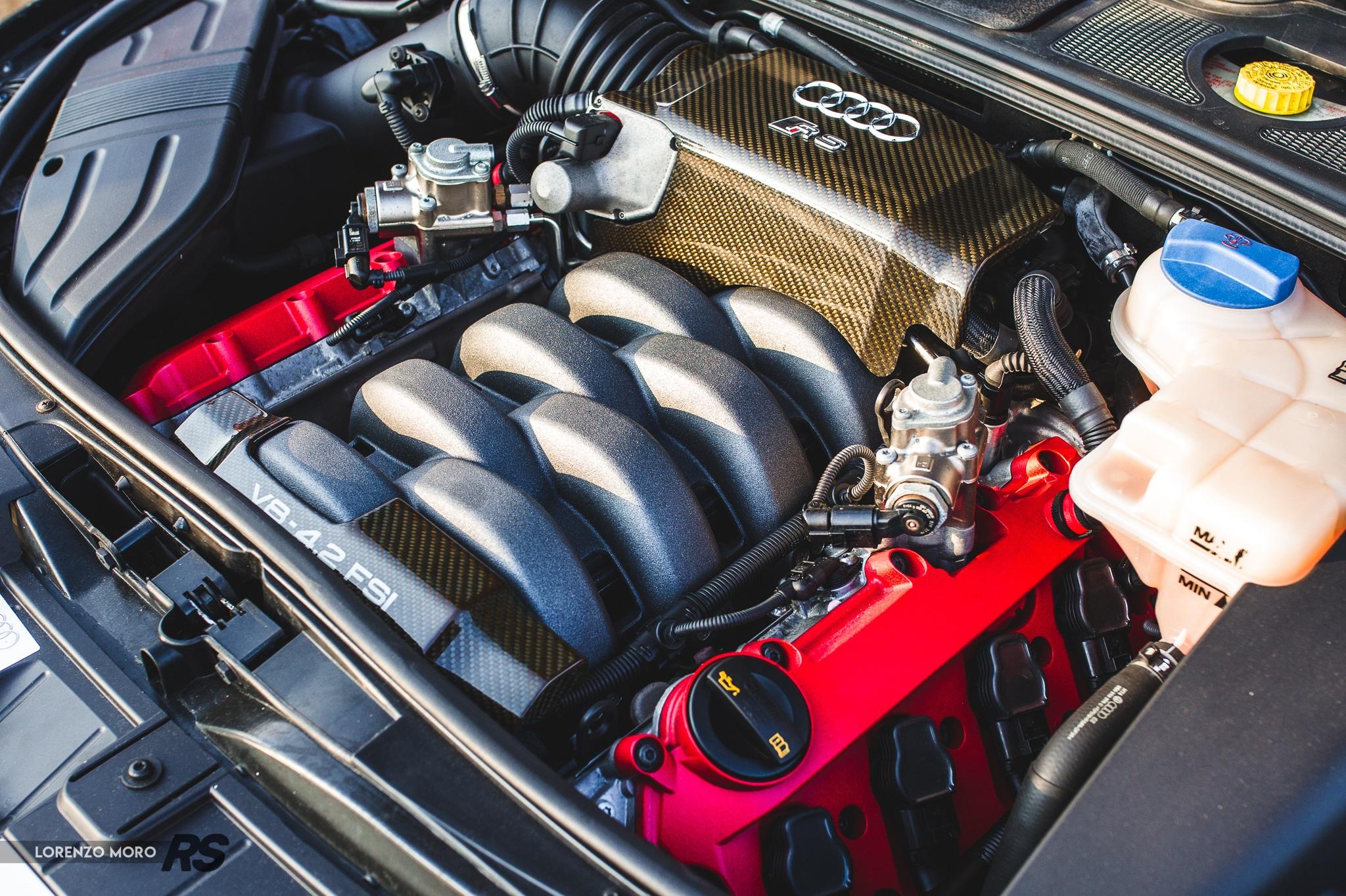 Audi RS4 B7 motore2