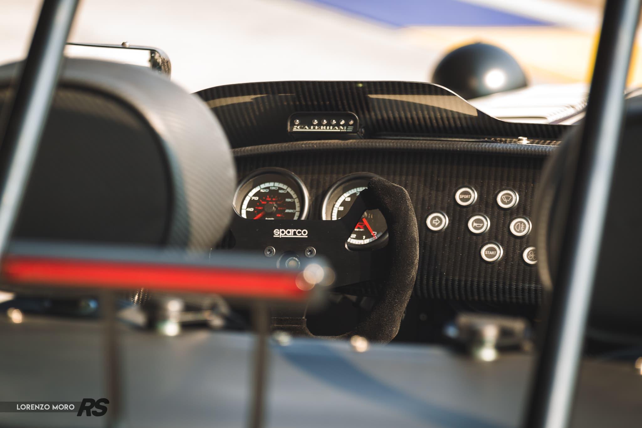 Caterham Seven 485R volante sparco